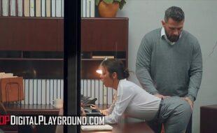 O escritório uma paródia de sexo no trabalho
